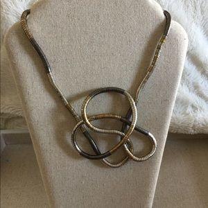 Jewelry - Neckace